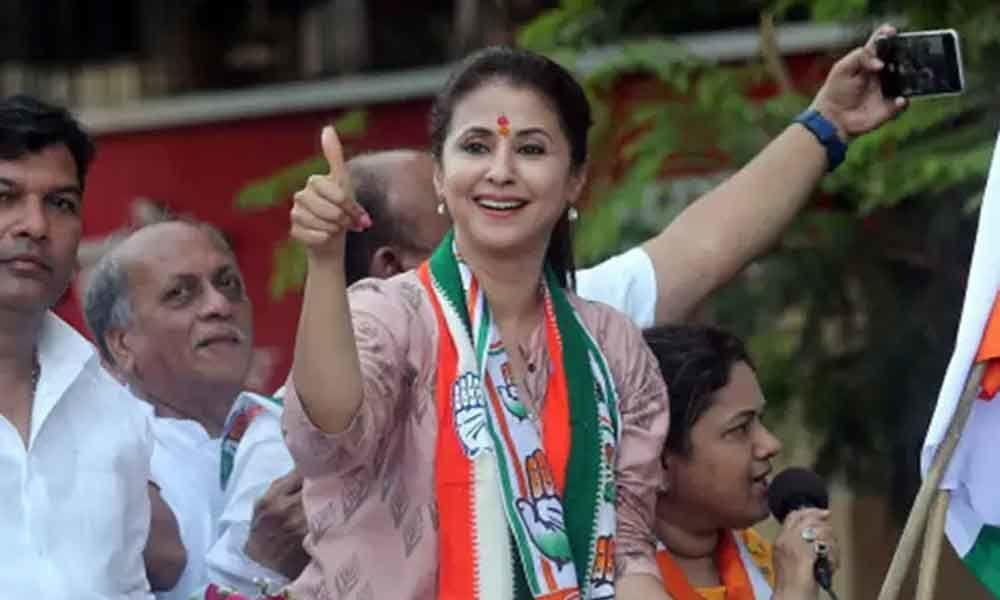 A scuffle between Congress, BJP supporters during Matondkar campaign