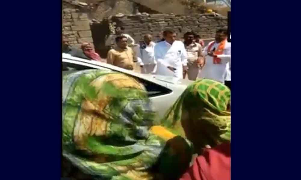Getting water according to vote percentage: Gujarat minister to women protesters