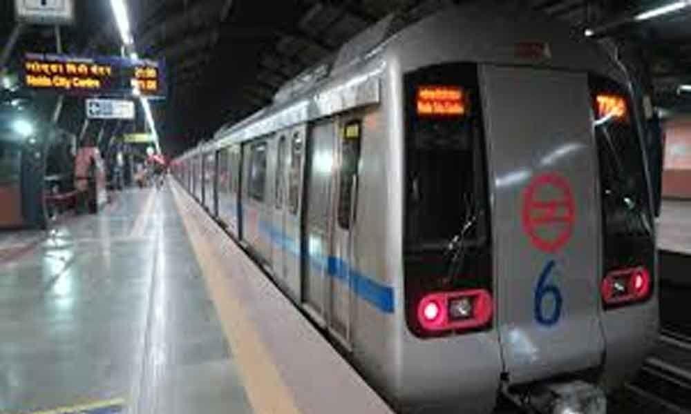 Man held with pistol, bullets in Delhi Metro