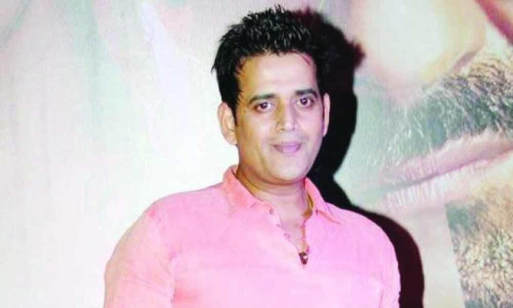 BJP fields Bhojpuri actor Ravi Kishan from Gorakhpur