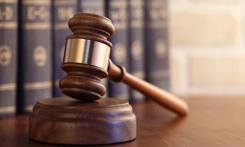 Fast track courts at district level: HC seeks Delhi govt
