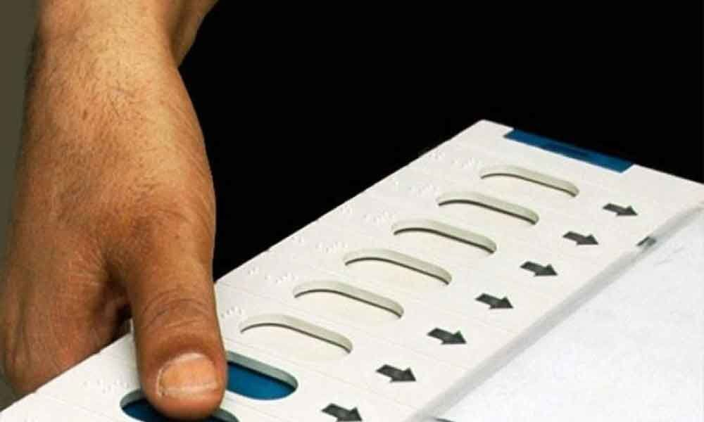 Polling officer dies of a heart attack in Karnataka