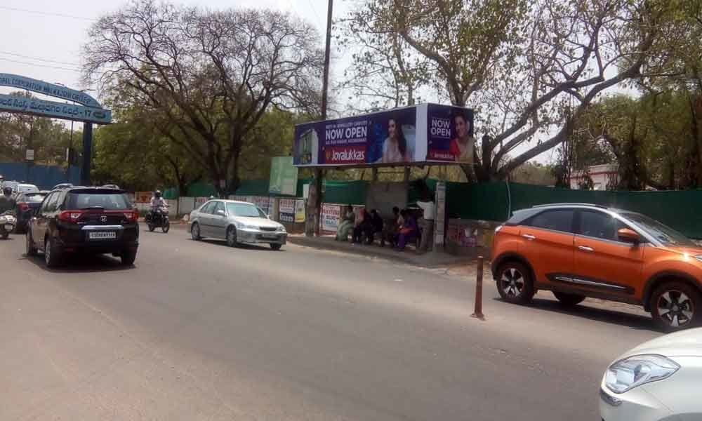 Ill-placed bus stop causing traffic jams