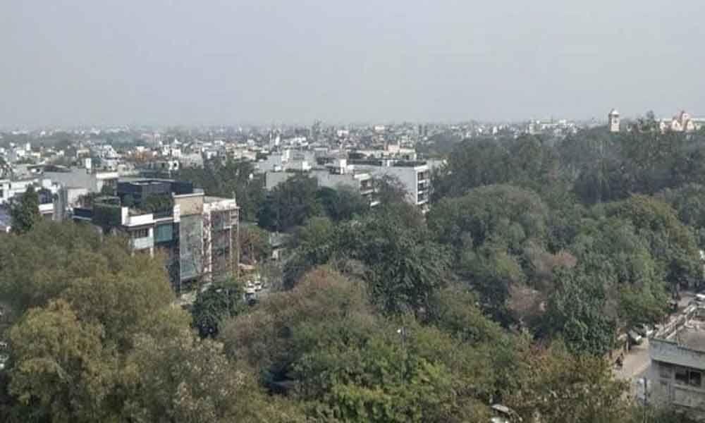 Pleasant Morning In Delhi, Maximum Temperature Likely Around 34 Degrees