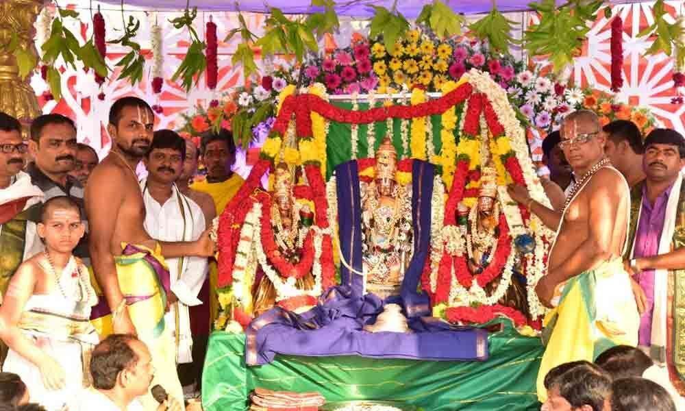Gaiety marks Chennakesava Swamy Kalyanam in Markapur