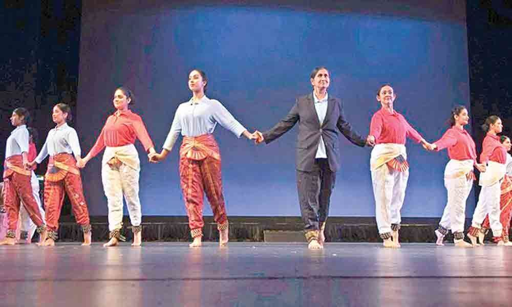 Stories of Rosa Parks & Martin Luther in Bharatnatyam form