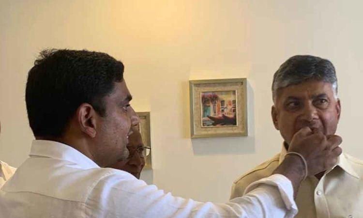 CM Chandrababu Naidu celebrates birthday with family members in Hyderabad