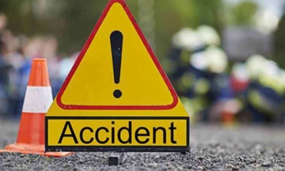 Seven killed in UP truck-bus collision