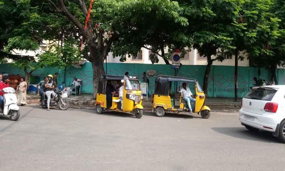 Bus stops go shelterless