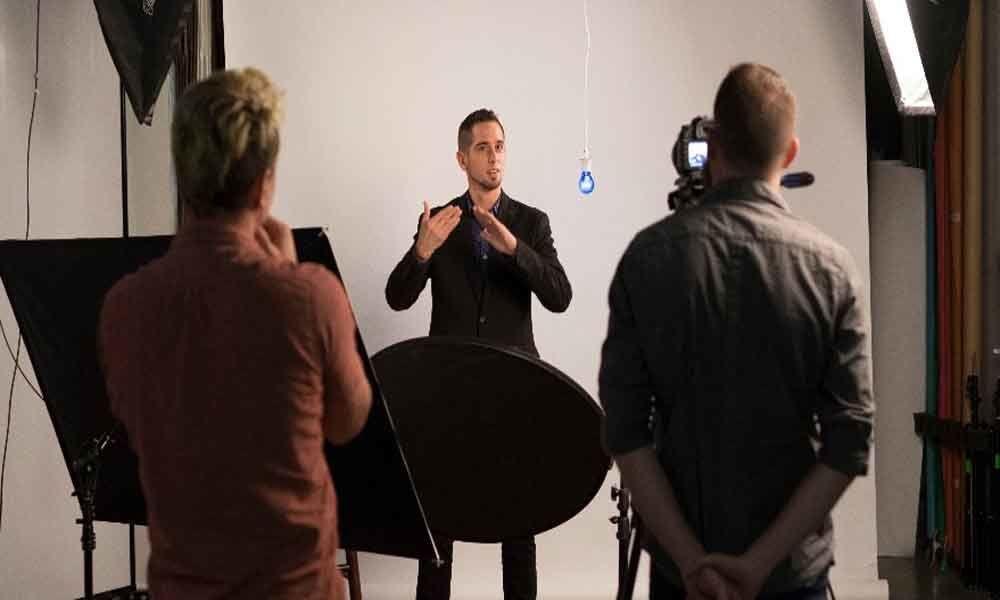 Filmmaking in sign language