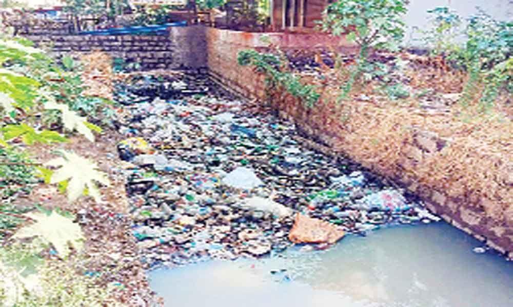 Plastic, garbage choke nalas; locals resent