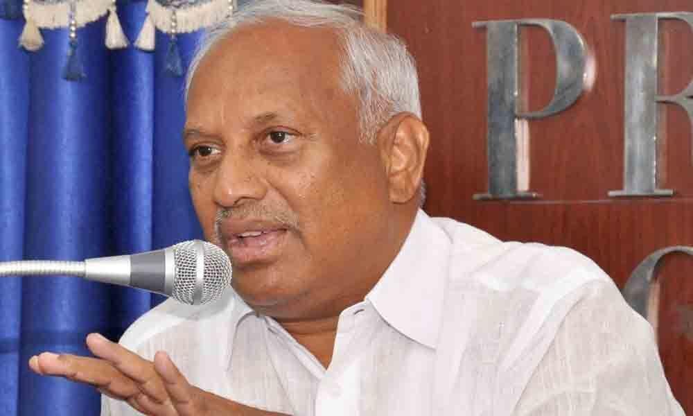 Chinta demands justice for Dalit woman in Tirupati