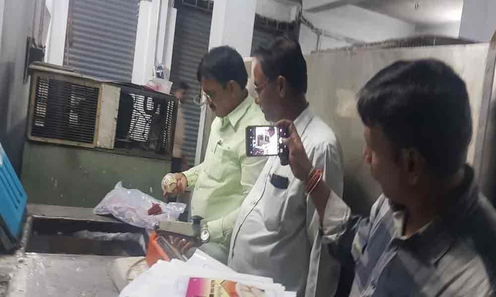 Food officials raid ice cream units