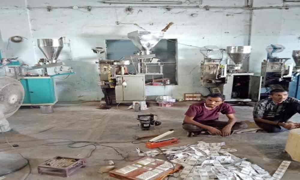 VE officials seize gutka, machines worth `25-lakh