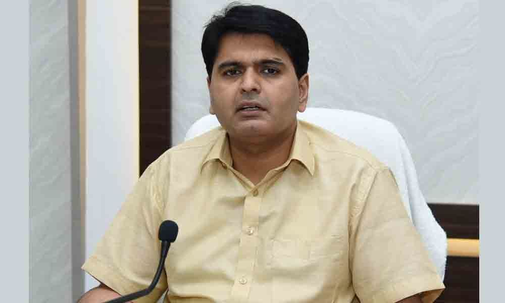 High alert sounded in 18 coastal mandals in East Godavari