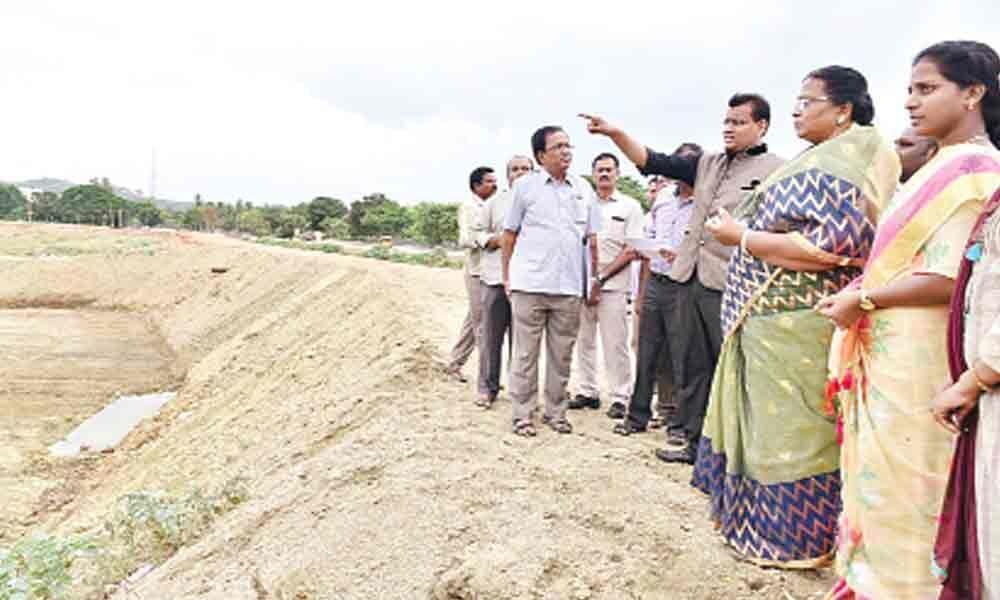 Groundwater depleted in city colonies as tank remains dry
