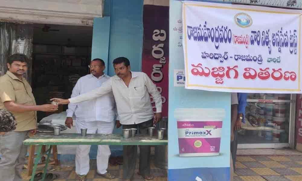 RNST distributes free butter milk