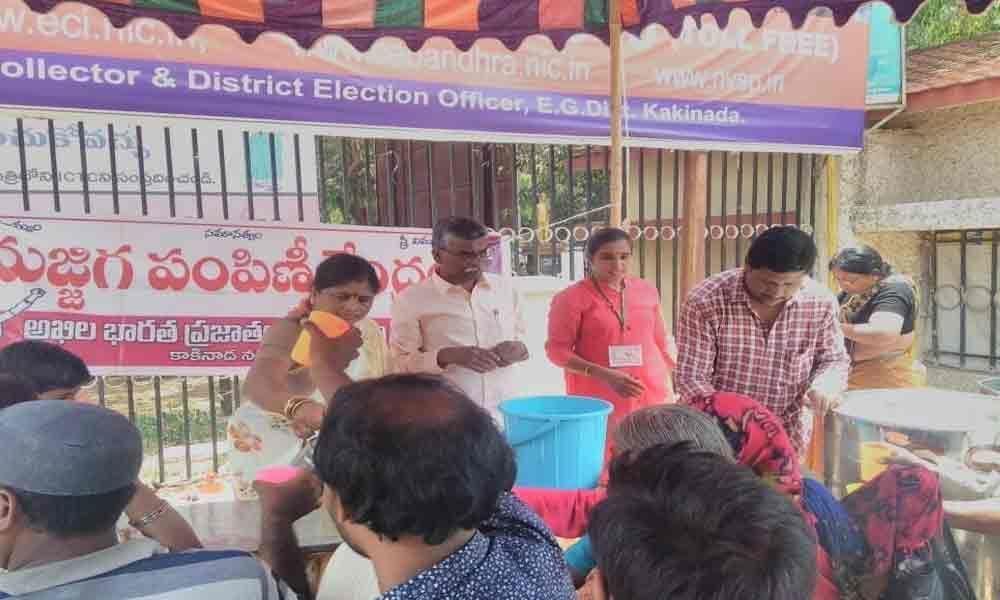 AIDWA opens water, butter milk kiosks