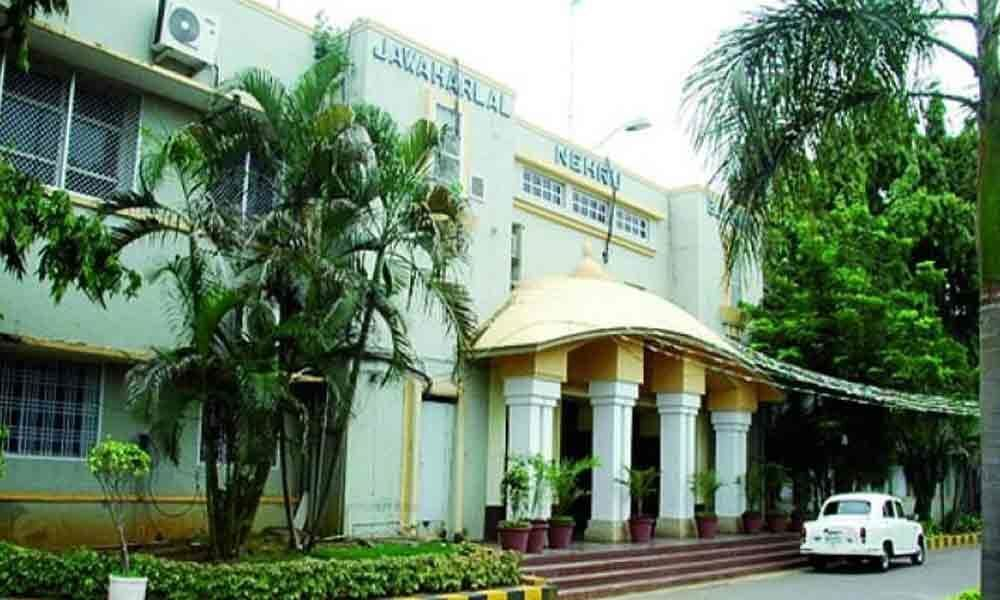 VMC plans to collect building waste material free of cost