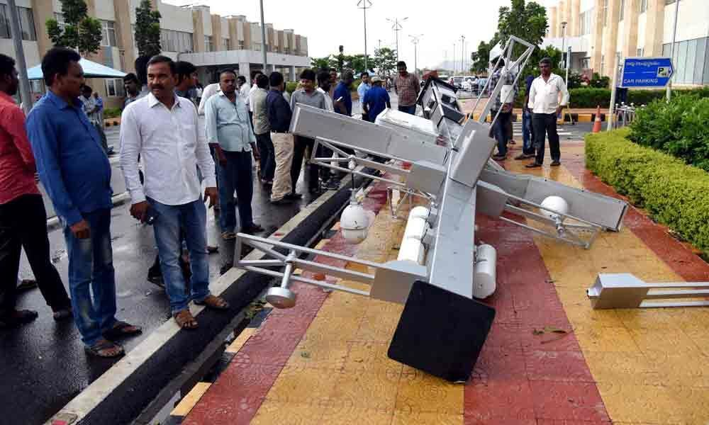 HC canteen roof blows off, woman injured