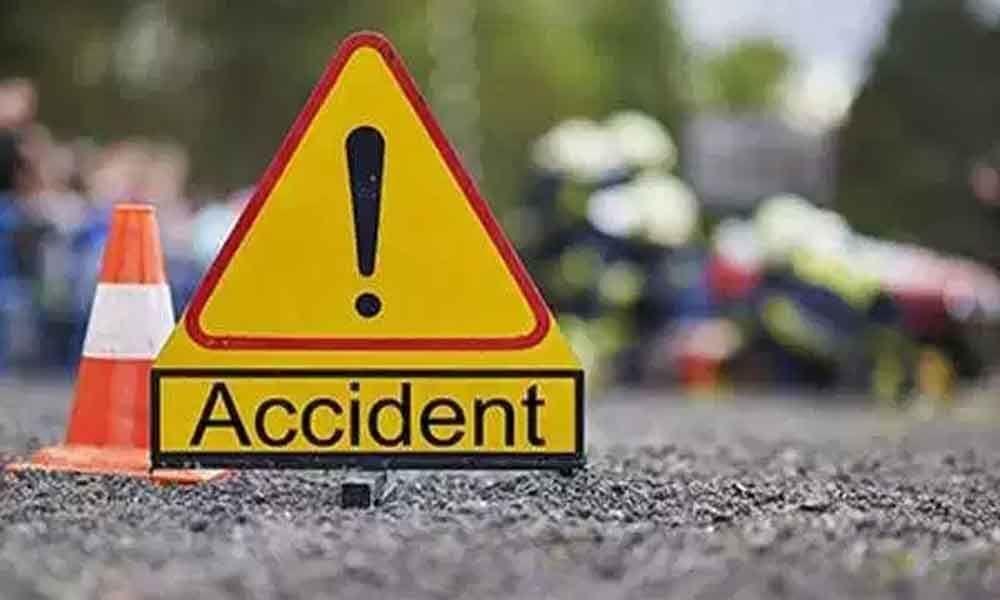 6 injured in oil tanker accident in Guntur district