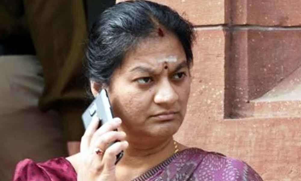 Top court quashes FIR and charge-sheet filed against Sasikala Pushpa