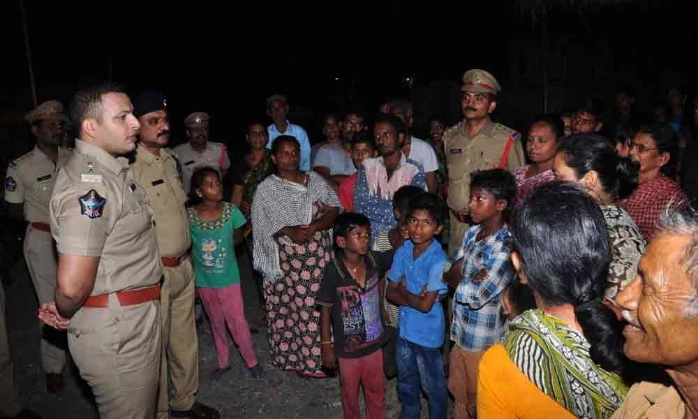 SP interacts with locals as part of visible policing