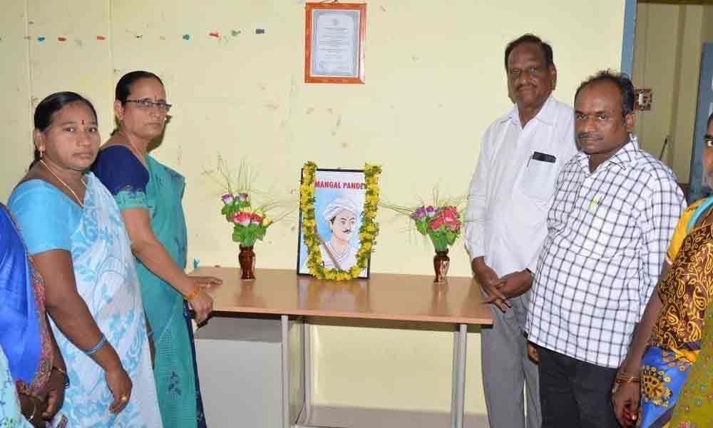 Mangal Pandeys sacrifices recalled