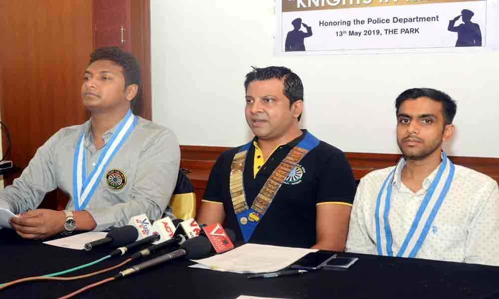 25 cops to get Knights in Khaki Awards