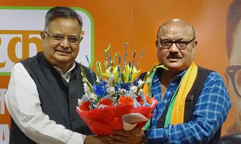 Actor-singer Arun Bakshi joins BJP