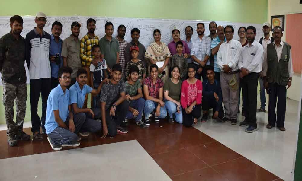 Photography contest on bio-diversity held at zoo