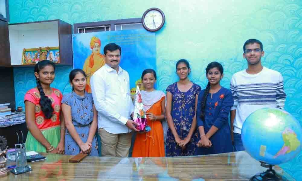 Warangal: Navayuga students shine