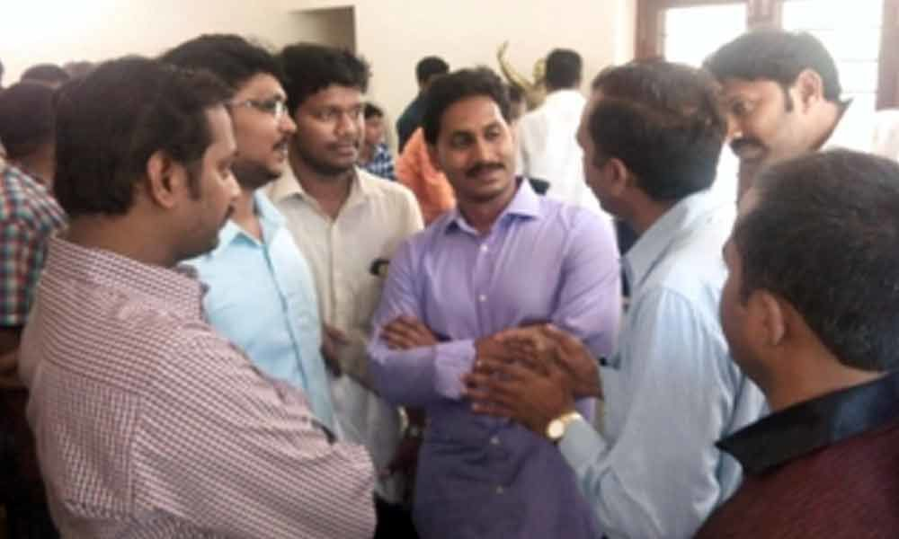 YCP chief conducted Prajadarbar in Pulivendula town