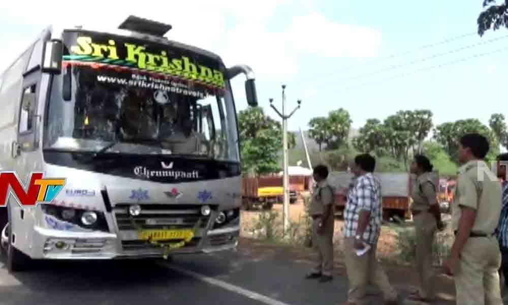 RTA officials raid on private travels buses in Vijayawada