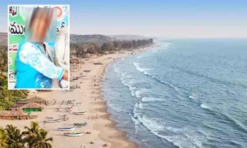 AP lady doctor dies while taking selfie in Goa beach