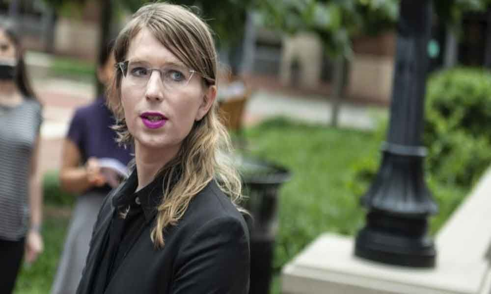 Chelsea Manning sent back to jail after refusing to testify in Julian Assange case