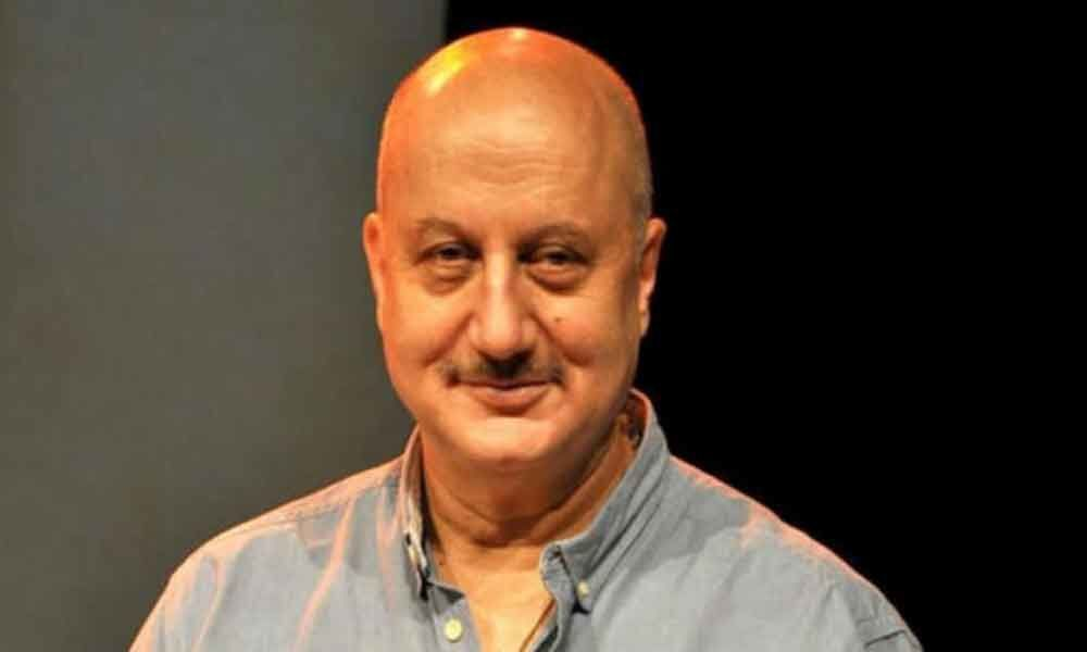 Even corrupts have confidence, doesnt mean they will win: Anupam Kher