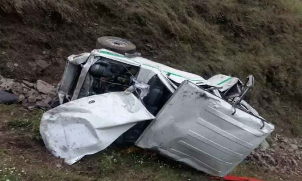 Two die after car falls into gorge in Shimla