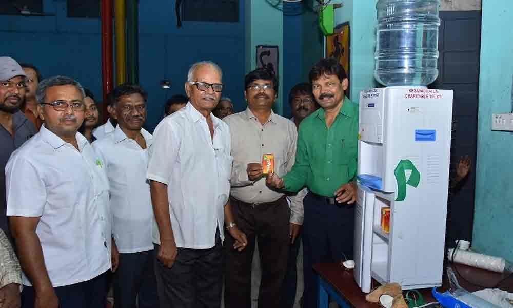 KCT donates water cooler to Railway Institute