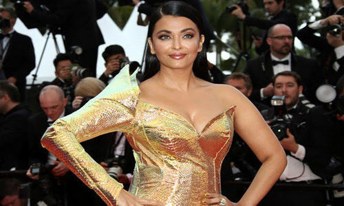 Aishwarya Rai Turns into Golden Mermaid at Cannes Film Festival 2019