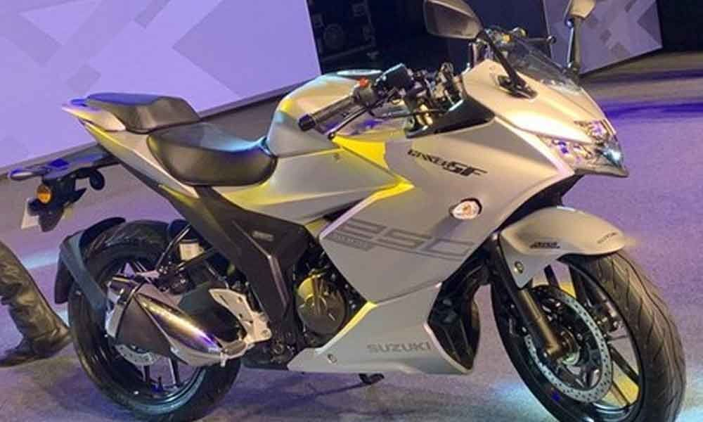 Suzuki rolls out Gixxer SF 250 in India at Rs.1.71 lakhs