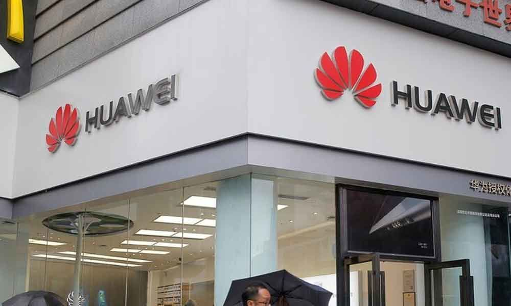 Google limits Huaweis use of Android