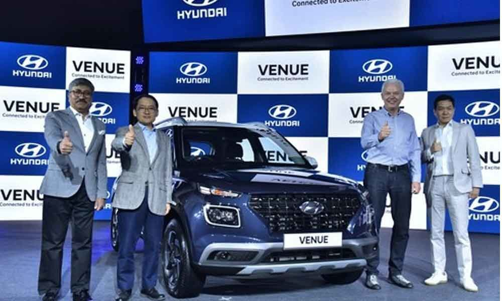 Hyundai introduces Venue compact SUV at Rs.6.50 lakhs in India