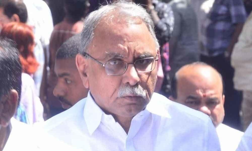 Congress leader KVP interesting comments on YS Jagan