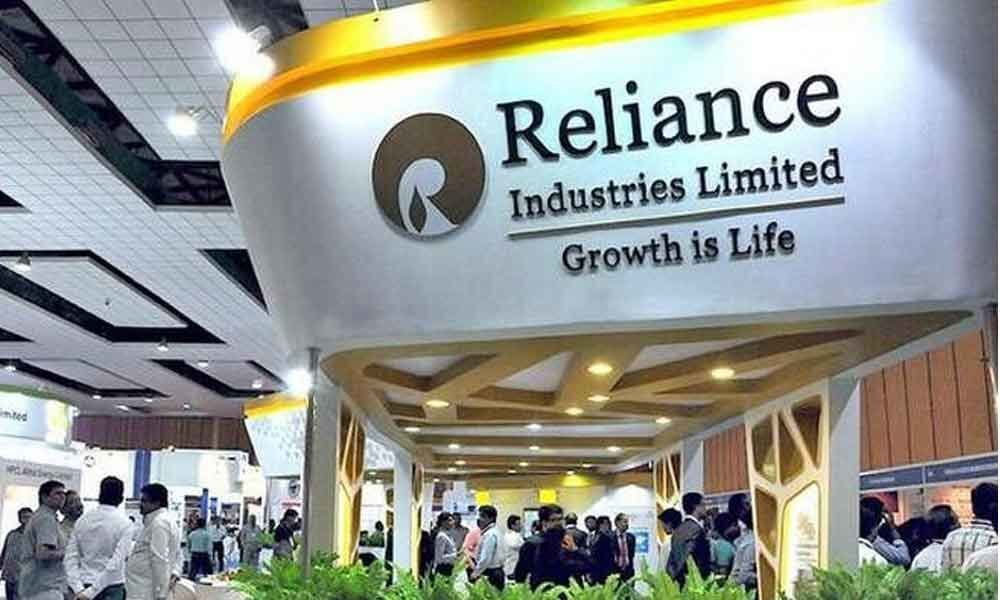 Reliance beats IOC to become the biggest company