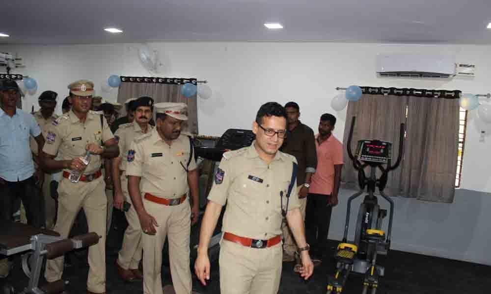 SP Sunil Dutt inaugurates gym in Kothagudem