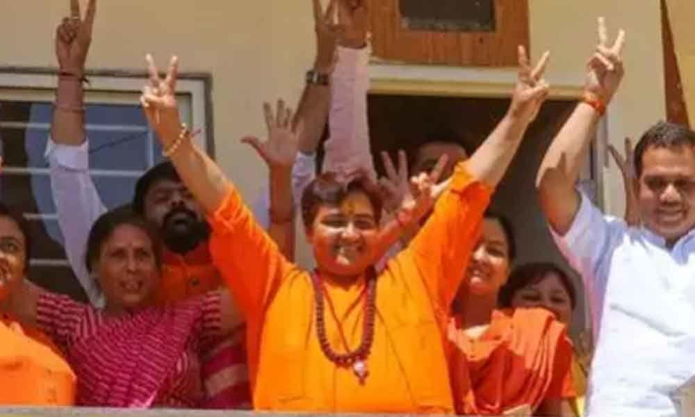 Sadhvi Pragya takes a lead over Congress in Bhopal