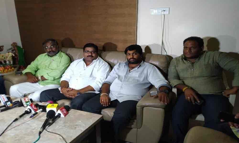 Janardhana Rao congratulates Balineni