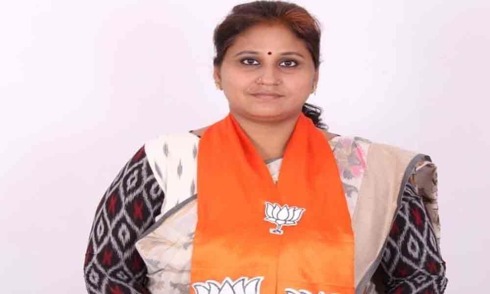 Tummala Padmaja hails BJP