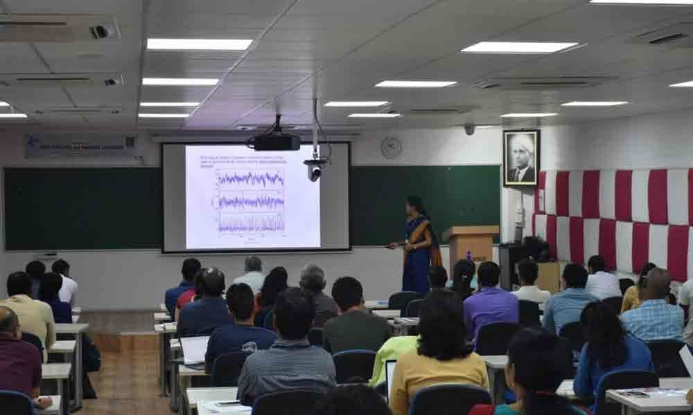 Workshop on data analysis begins IISER